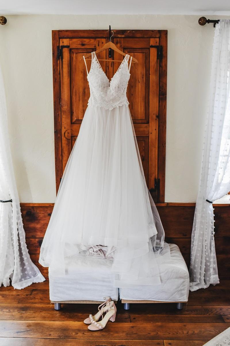 Bally Spring Inn Bride's Suit