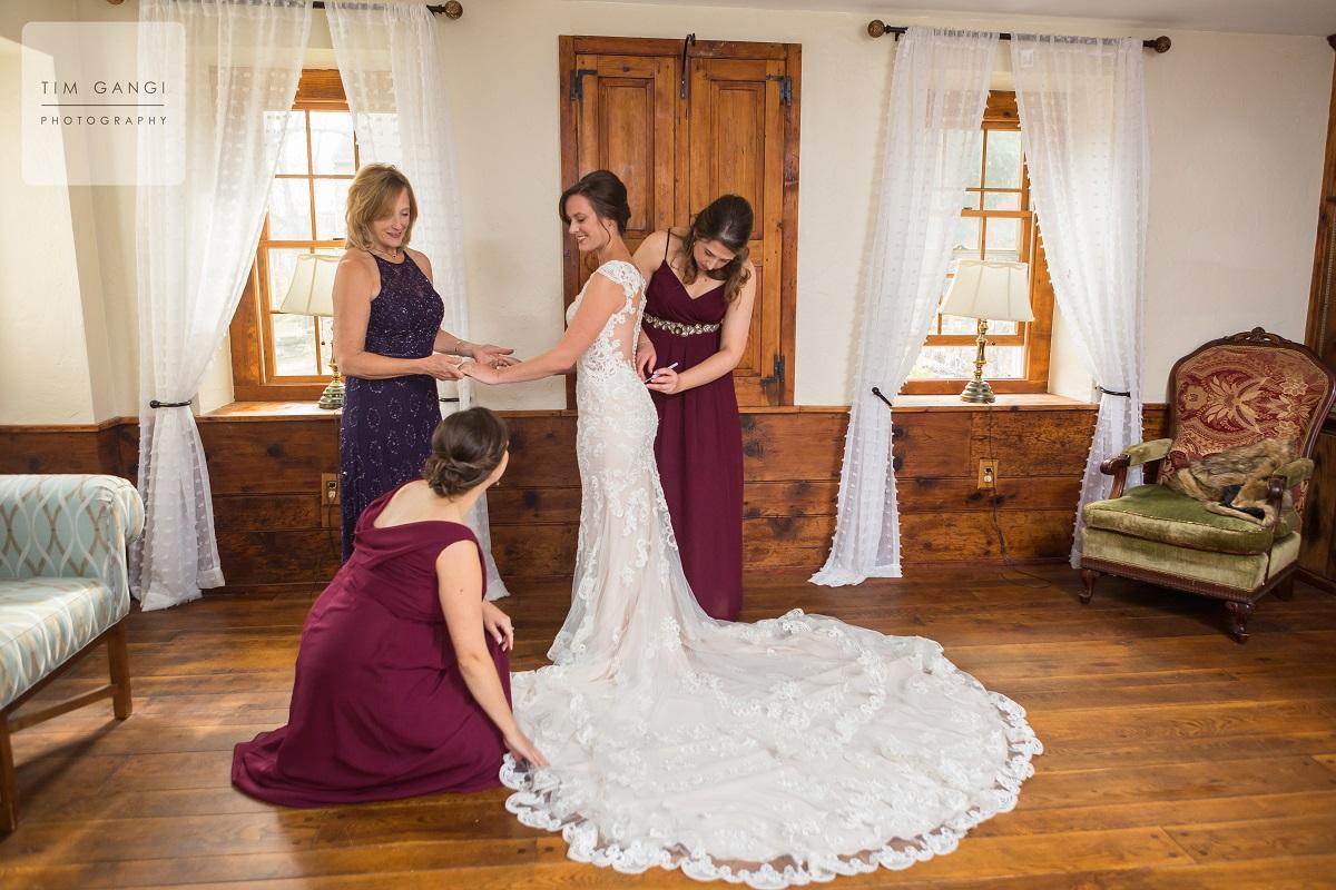 Bally Spring Inn Bride's Suit (6)